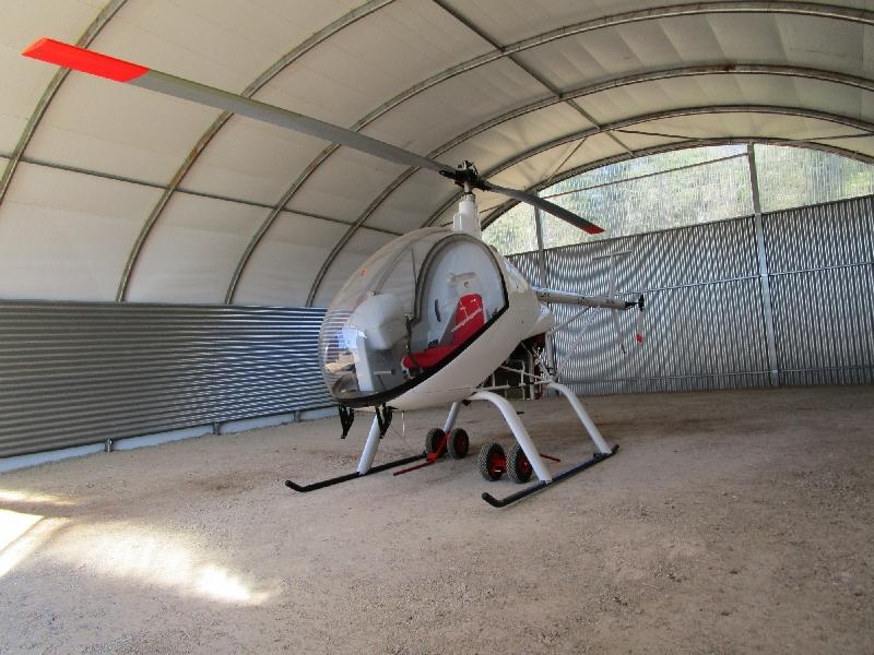 Abri hélicoptère - France